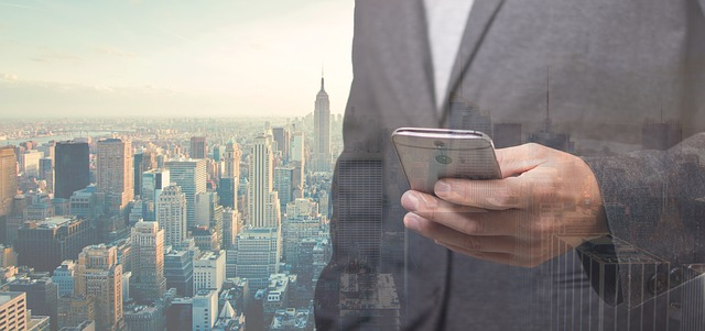 businessman-smart-city